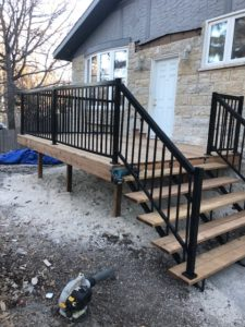 deck contractor winnipeg