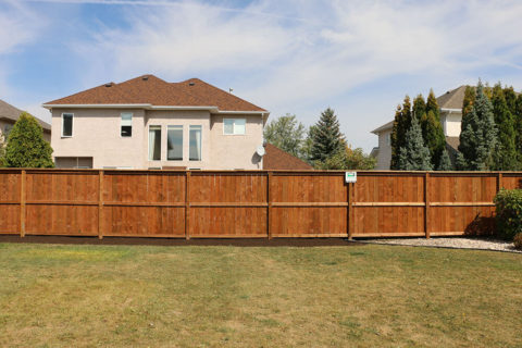 fencing contractors winnipeg
